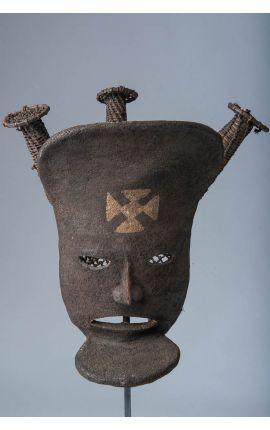 CONGO - Masque africain Tchokwe 01