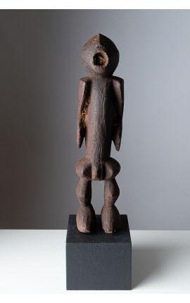 AFRIQUE - NIGERIA - Statue Chamba du Nigeria. Pièce de plus de 40 ans, livrée sur socle. 01